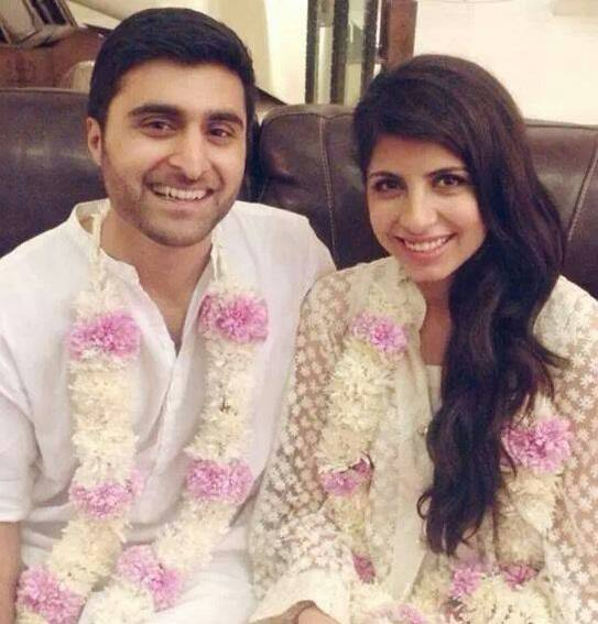 Mahnoor Baloch's daughter Laila with her husband and cute ... |Mahnoor Baloch Daughter Wedding Pics
