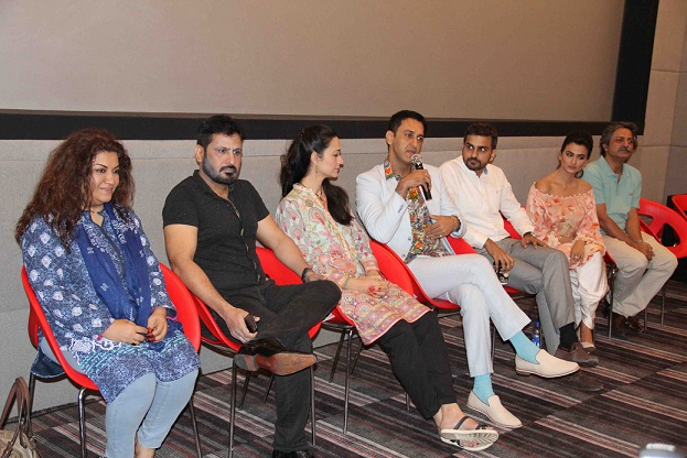 team-and-cast-of-jeewan-hathi-3